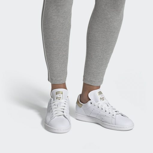 Stan Smith Shoes White EE8836 010 hover standard